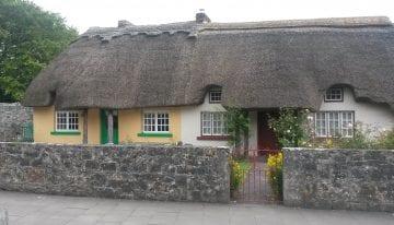Classic Travelling Ireland Tour - Adare