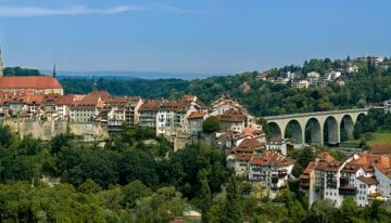 Classic Travelling Swiss Alps Tour - Fribourg