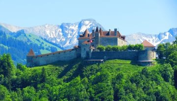 Classic Travelling Swiss Alps Tour - Gruyeres