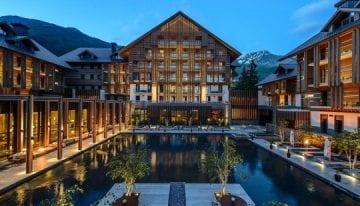 Classic Travelling Swiss Alps Tour - Chedi Andermatt