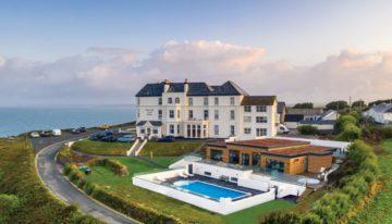 Mullion Cove Hotel Pool Cornwall