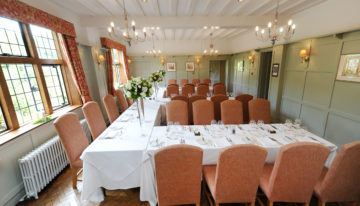Montagu Arms Oakwood Dining